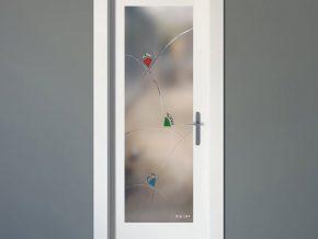 tu imaginación la plasmamos en los cristales de tus puertas